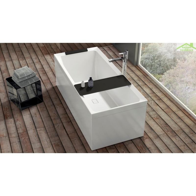 baignoire rectangulaire novellini divina en acrylique. Black Bedroom Furniture Sets. Home Design Ideas