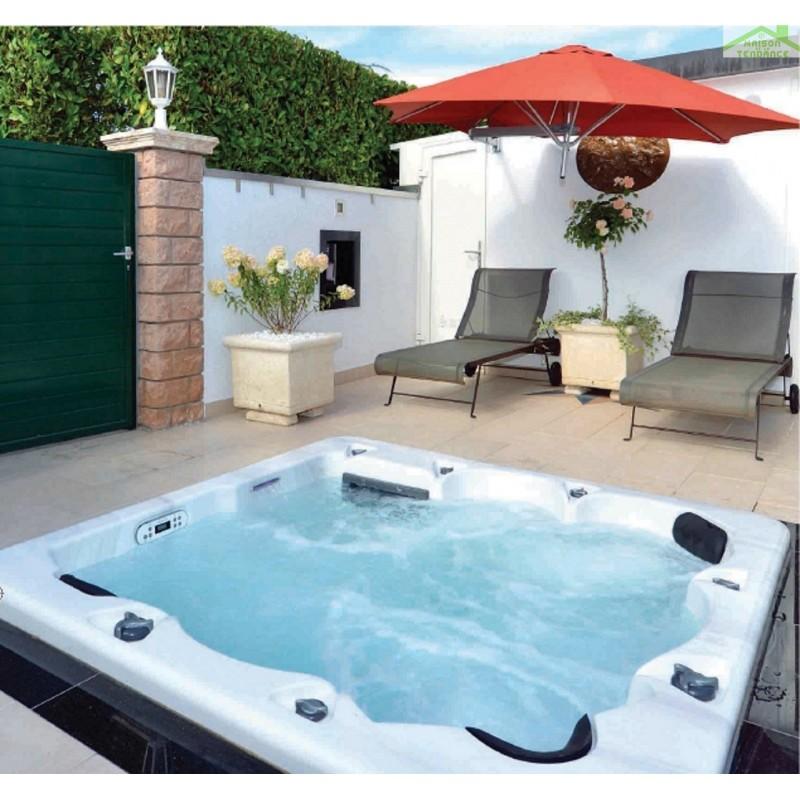 spa brisbane 6 places 205x205x80cm maison de la tendance. Black Bedroom Furniture Sets. Home Design Ideas