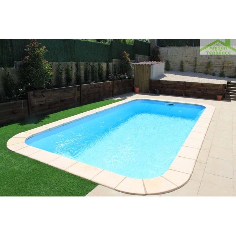 Piscine coque polyester venus for Piscine polyester