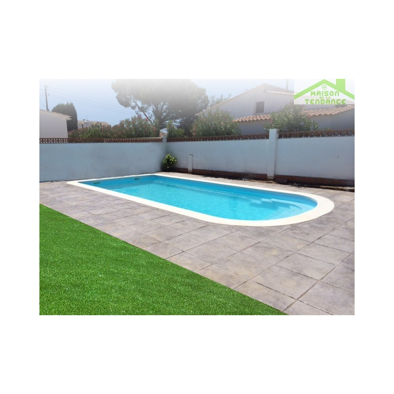 Piscine coque polyester earth for Piscine polyester