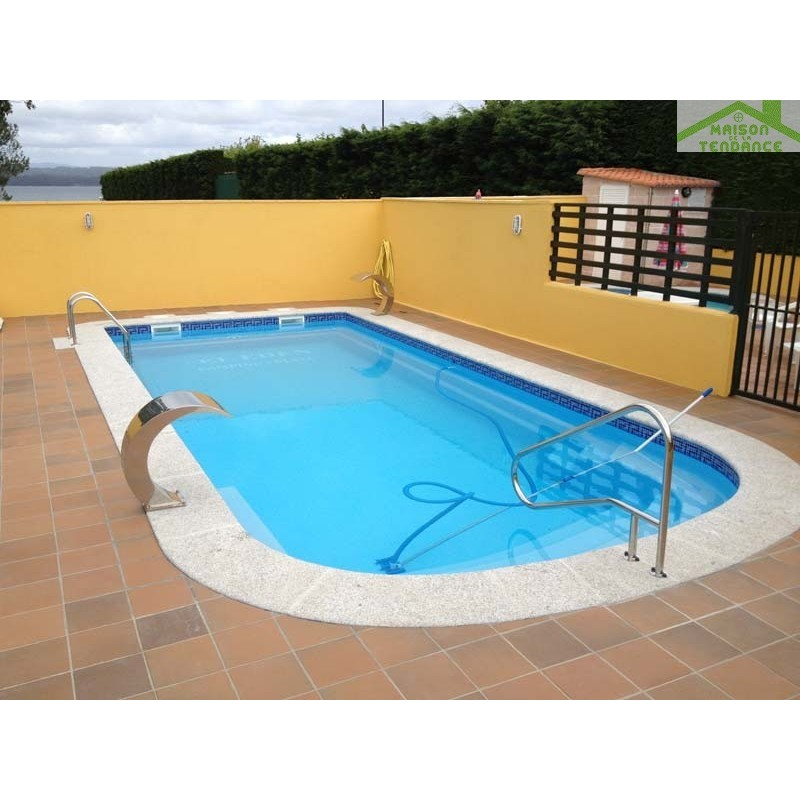 Piscine coque polyester earth for Piscine coque polyester