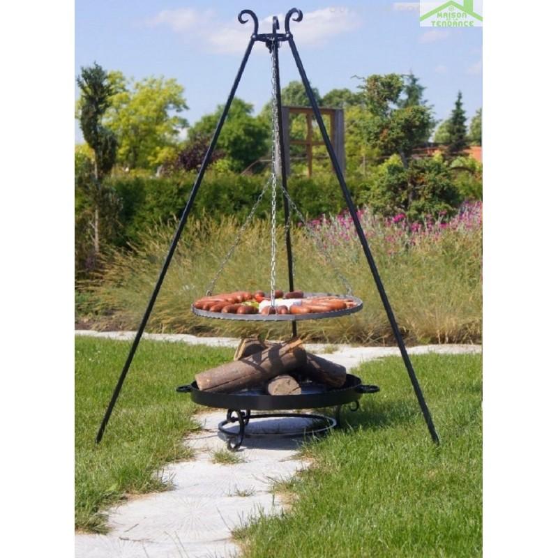 Grille acier noir sur tr pied brasero de jardin malta for Brasero de jardin